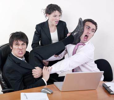 conflits d'un réemploi de mobilier de bureau internalisé